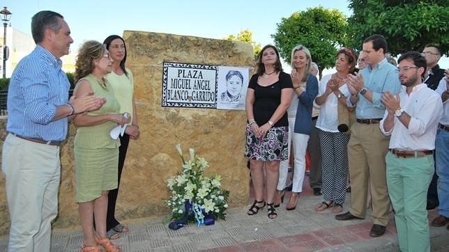 Recuerdo a Miguel Ángel Blanco en el aniversario de su muerte