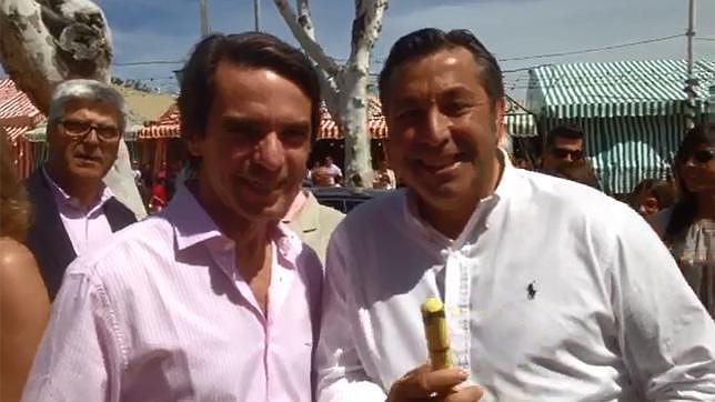 José María Aznar, junto al empresario taurino Abraham Corpas