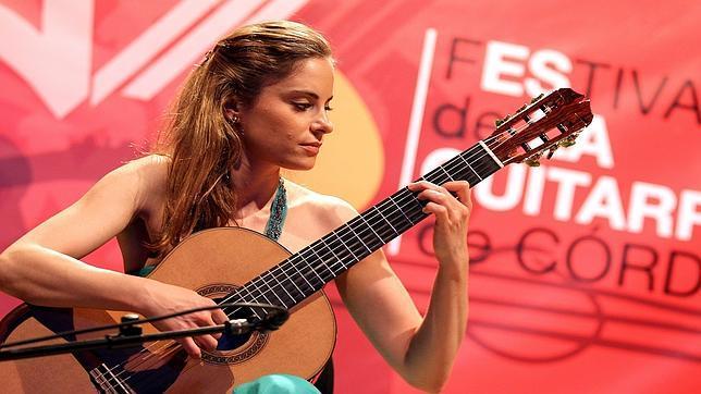 La guitarrista croata Ana Vidovic, durante su visita a Córdoba en 2013 cuando acudió al Festival de la Guitarra