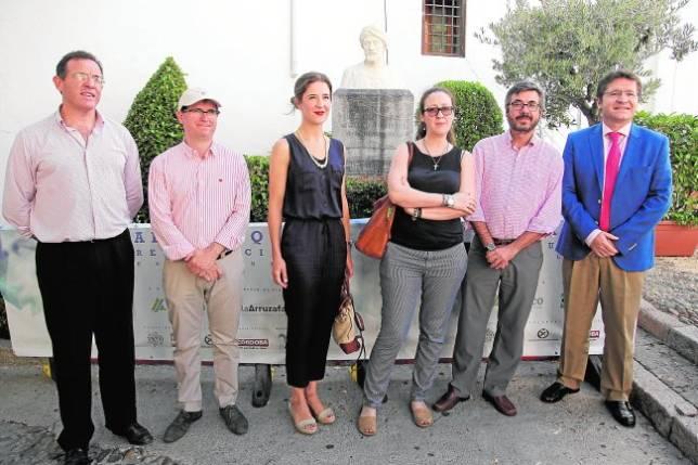 El busto de Al Gafequi luce brillante tras su restauración