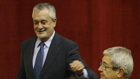 PP e IU piden una comisión de investigación en el Parlamento