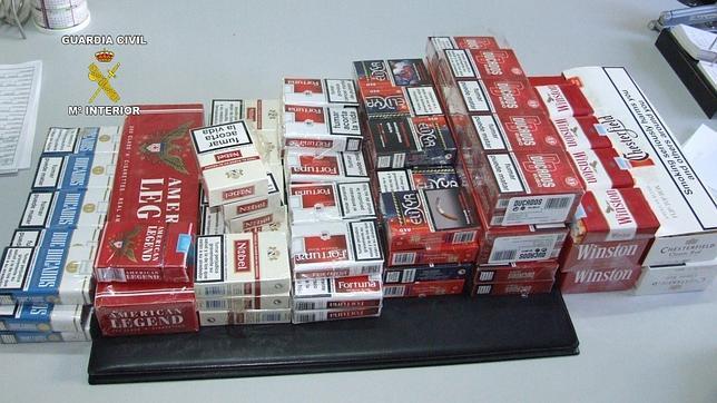 La Guardia Civil desmantela un punto de venta de tabaco de contrabando