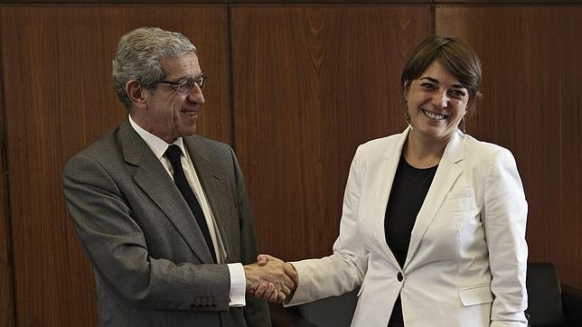 Unicaja y Cajasol «perdonan» créditos millonarios a Izquierda Unida