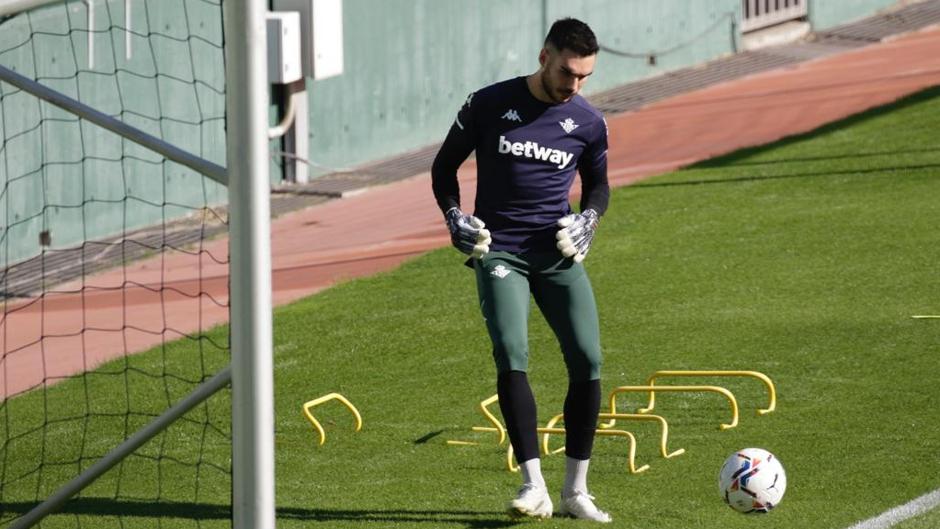 Dani Martín: «Me encantaría triunfar en el Betis»