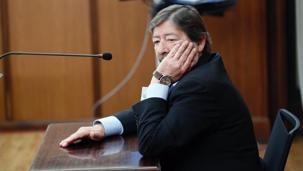 El exdirector de Trabajo Javier Guerrero en la Audiencia de Sevilla