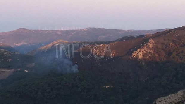 Imgen del nuevo incendio en el paraje de El Palancar tomada por el Infoca