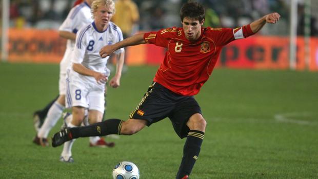 Javi Martínez durante el España-Finlandia disputado en Córdoba