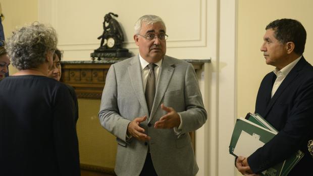 El consejero Ramírez de Arellano durante su visita de este miércoles al Ministerio de Hacienda