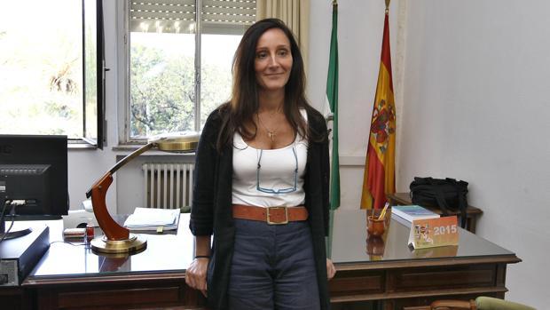 La juez María Núñez Bolaños en su despacho