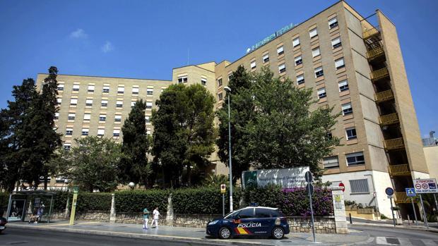 El herido tuvo que ser trasladado al Hospital Regional de Málaga