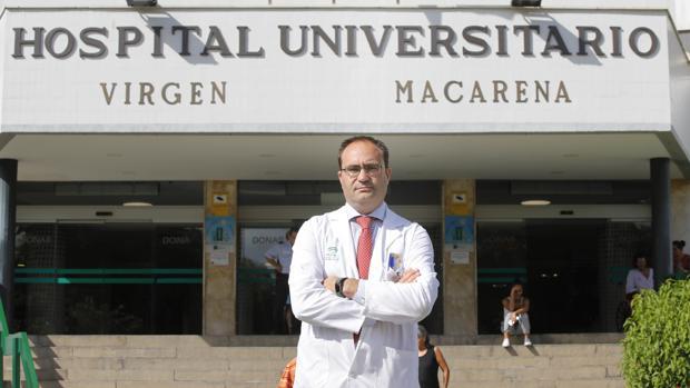 El SAS ha comunbicado su relevo a Antonio Castro, director del Hospital Virgen Macarena de Sevilla