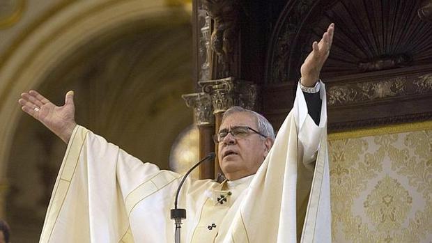 El papa Francisco nombra cardenal al arzobispo de Granada.