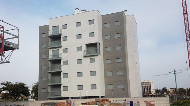 El bloque de viviendas ya terminado en Huerta Santa Isabel