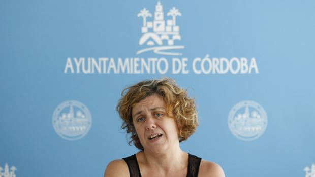 Alba Doblas, en una rueda de prensa en el Ayuntamiento