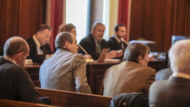 Acusados en el banquillo del caso Umax
