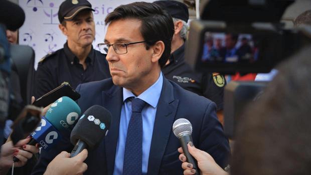 El alcalde de Granada en funciones y aspirante socialista a la reelección, Francisco Cuenca