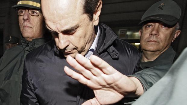 Antonio Albarracín, exdirectivo de Vitalia, tras declarar en el juzgado de Sevilla en marzo de 2013