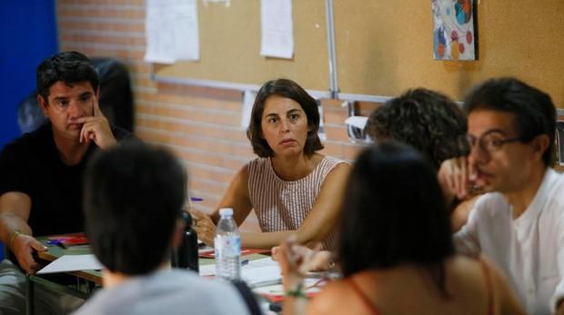 Liñán y García en una de las mesas de trabajo