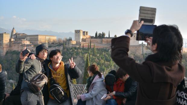 La Alhambra de Granada baate año tras año sus cifras de venta de entradas