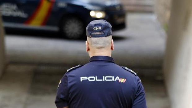 La Policía Nacional difunde consejos para no ser víctimas de robos