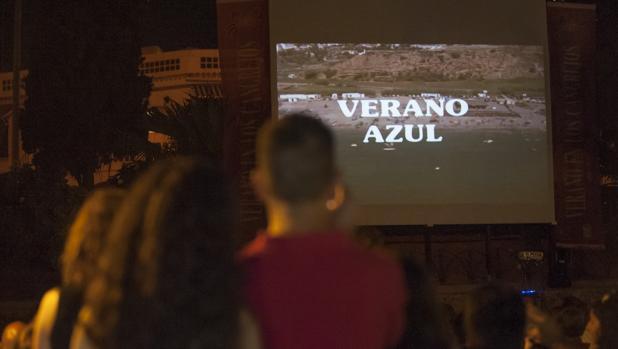 Nerja celebra los 40 años del inicio del rodaje de Verano Azul emitiendo seis capítulos