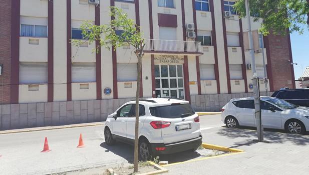 Imagen de la comisaría de la Policía Nacional de La Línea, situada en la zona donde se produjo la detención