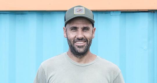David Álvarez, en el chiringuito El Tumbao de Tarifa