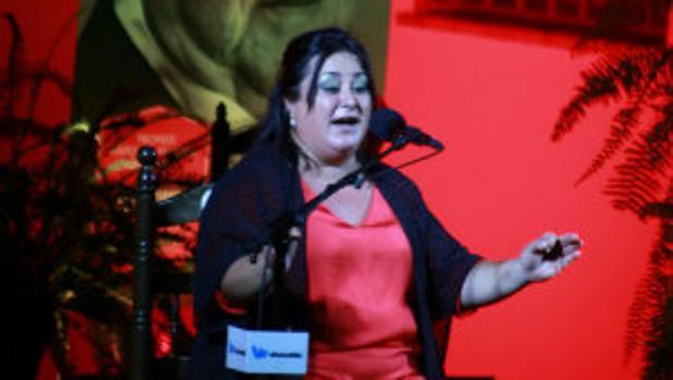María Rosa Navarro «la Divi», en un momento de su actuación en el Concurso Antonio Mairena