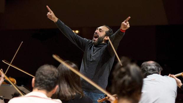 José Manuel Zapata, durante un ensayo del concierto