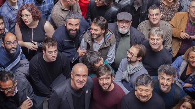 Muñoz y Cienfuegos con cineastas españoles participantes en el festival