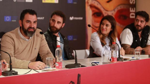 De izquierda a derecha, Francisco Santiago, Dani Rovira, Paola García Costas y Antonio Orozco