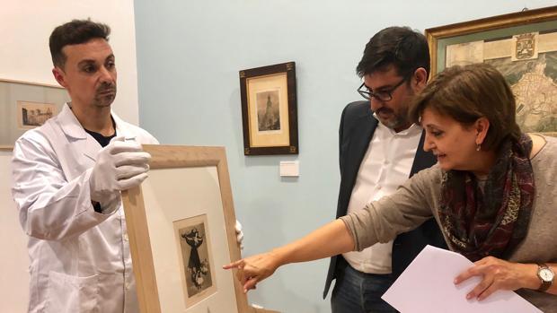 En la localidad de Utrera han desembarcado una decena de grabados de Goya para ilustrar esta exposición