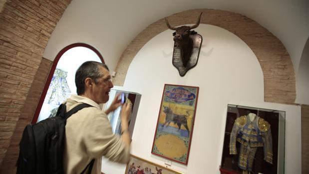 El Salón de Carteles de la Plaza de Toros de Sevilla donde se exponen las obras