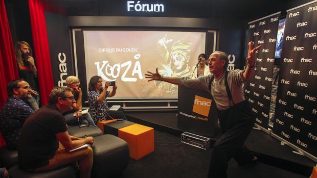 David Shiner en la presentación de Kooza