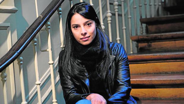 Margarita García Robayo, fotografiada en una librería de Madrid poco antes de la entrevista