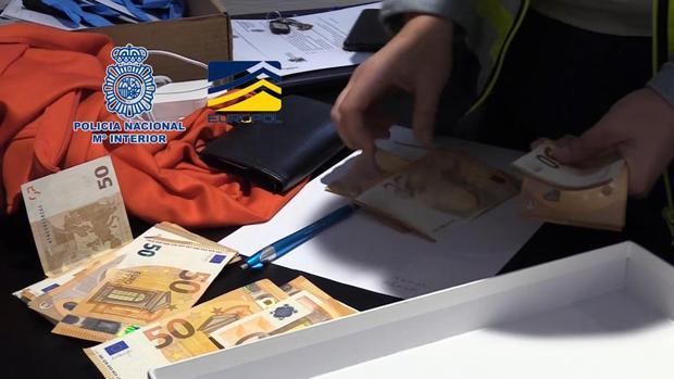 """Imágenes de facilitadas por la Policia Nacional de la operación """"Oikos"""""""
