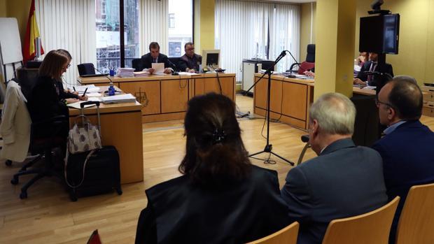 Imagen de dentro del Juzgado durante el juicio