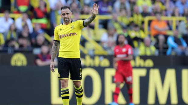 Paco Alcácer en el encuentro ante el Bayer Leverkusen
