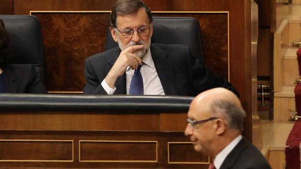 Cristóbal Montoro, ministro de Hacienda, en el Congreso de los Diputados