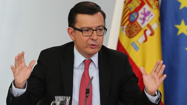 Román Escolano, ministro de Economía