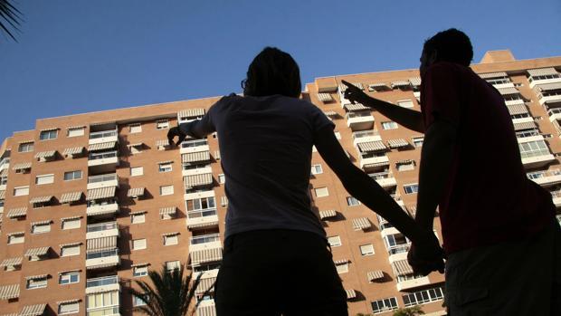 En tasa mensual (mayo sobre abril), las hipotecas sobre viviendas se han incrementado un 8,5%