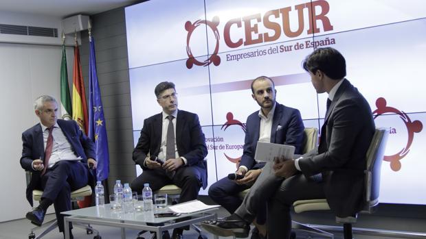 Ricardo Díaz, Eugenio Serrano, Alejandro Costa e Ignacio Castillo, ayer en Sevilla