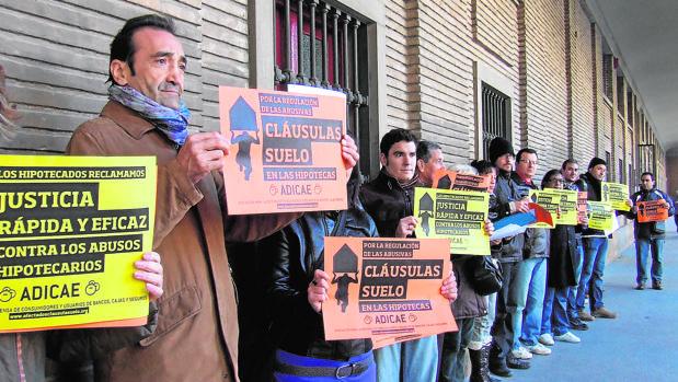 Los contratos hipotecarios han provocado una avalancha de demandas judiciales y reclamaciones al Banco de España