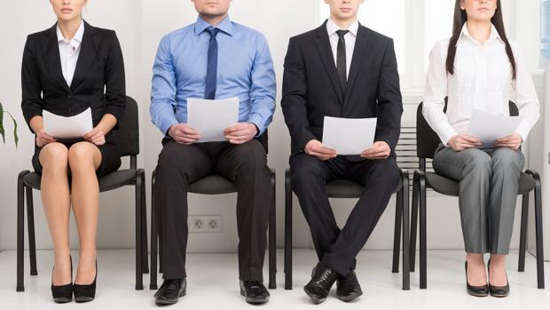 Dos de cada tres profesionales participantes fija en más de 5 años el que las nóminas se abonen en moneda virtual