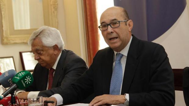 Francisco Herrero y Francisco Ferraro durante la rueda de prensa celebrada en Sevilla