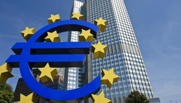 El Euribor bajará en mayo por tercer mes, hasta el -01,31%