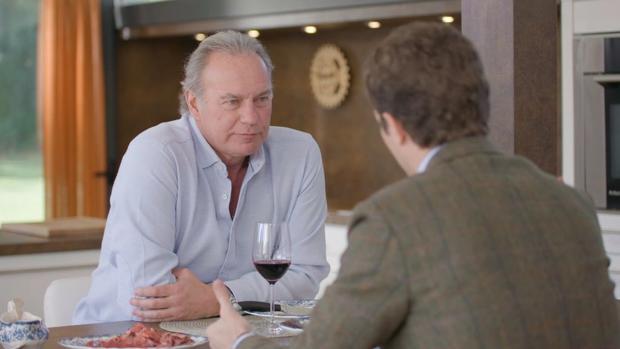 Bertín Osborne entrevistando a Pablo Casado en «Mi casa es la tuya»