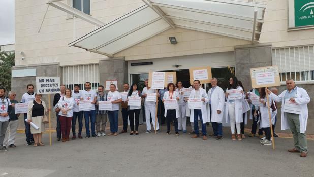 Los médicos del servicio de Urgencias amenazan con dejar el hospital de Osuna