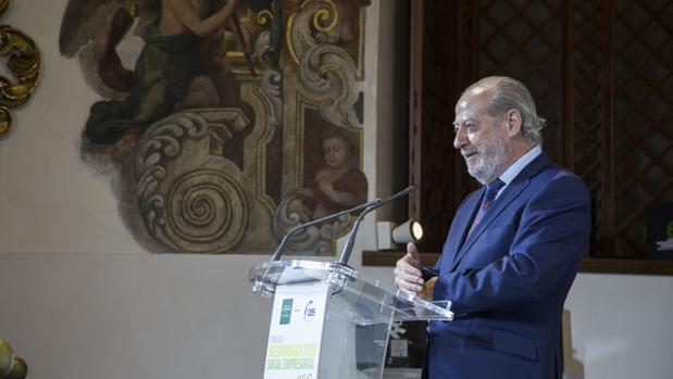 El presidente de la Diputación de Sevilla ha confirmado que se recuperará la jornada laboral de 35 horas semanales