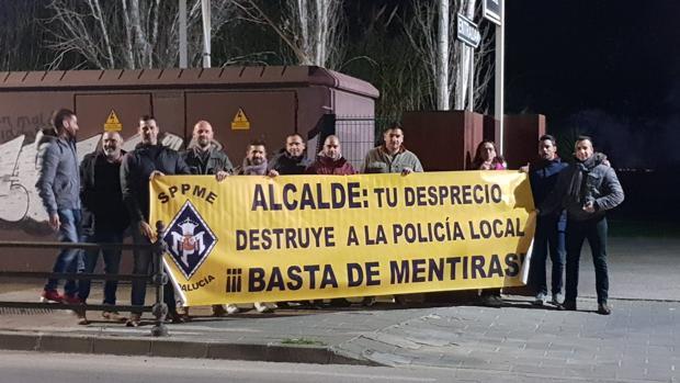 Protesta de los agentes de la Policía Local de Coria del Río